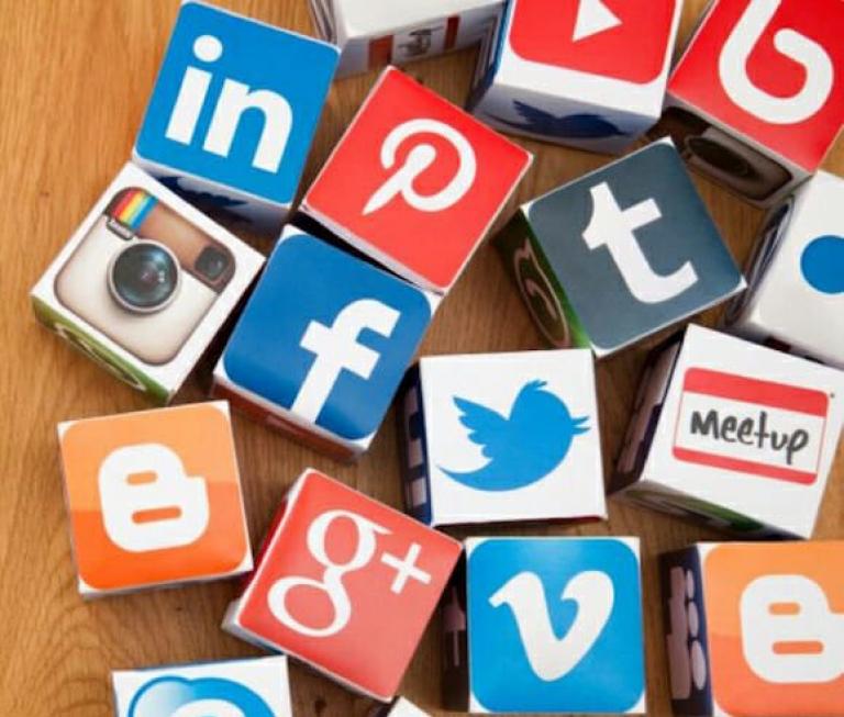 social-media-1200x800